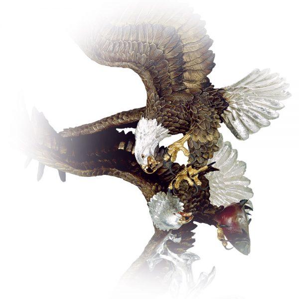 Where-Eagles-Dare-Eagle-Sculpture-closup-3